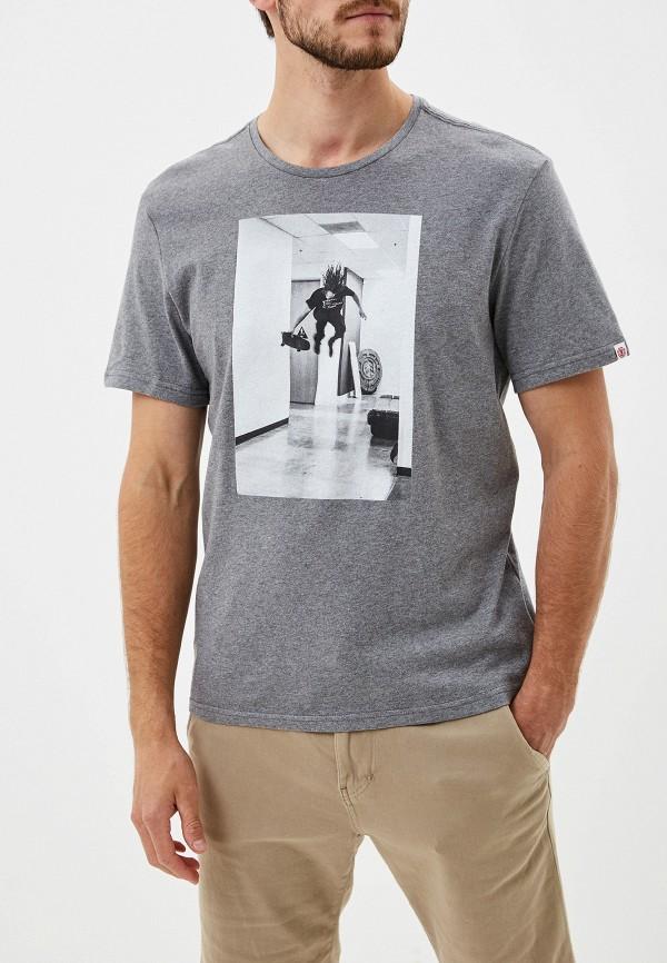 Фото - мужскую футболку Element серого цвета
