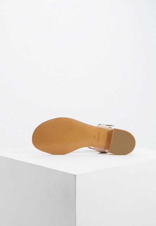 Фото 3 - женские сандали Emporio Armani бежевого цвета