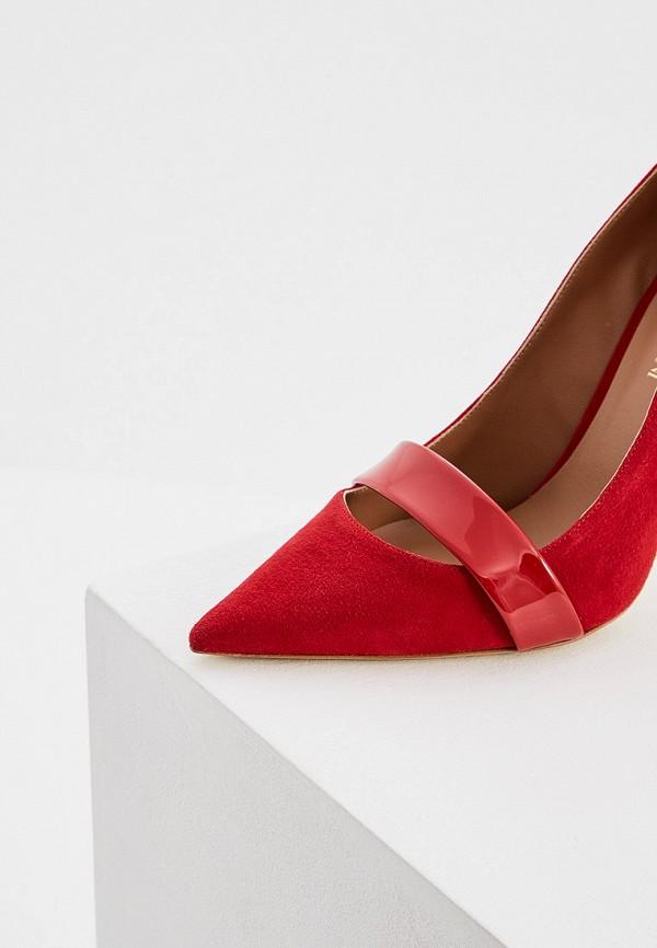 Фото 2 - женские туфли Emporio Armani красного цвета