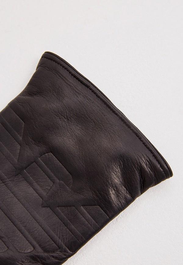 Фото 2 - мужские кожаные перчатки Emporio Armani черного цвета