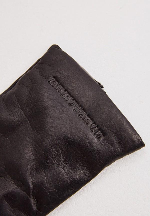 Фото 2 - женские кожаные перчатки Emporio Armani черного цвета