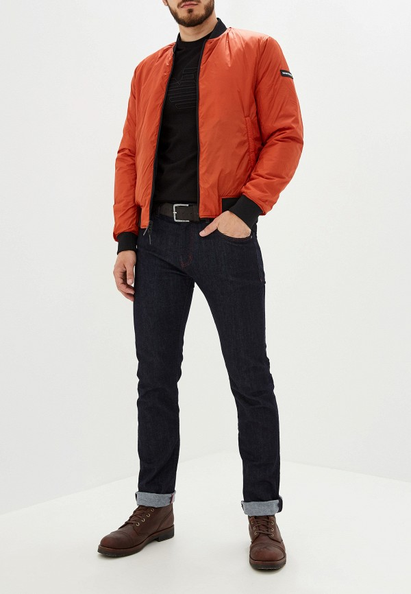 Фото 2 - мужские джинсы Emporio Armani синего цвета