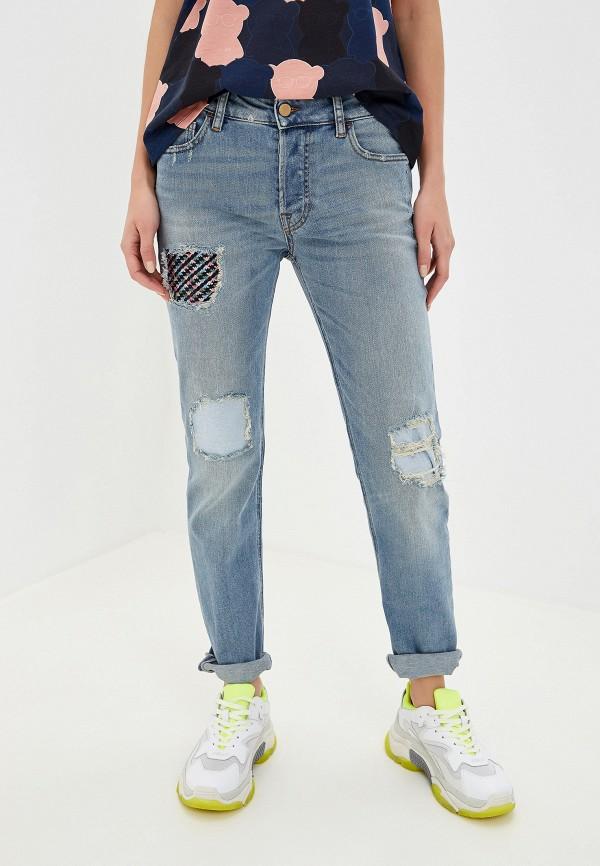 Фото - женские джинсы Emporio Armani голубого цвета