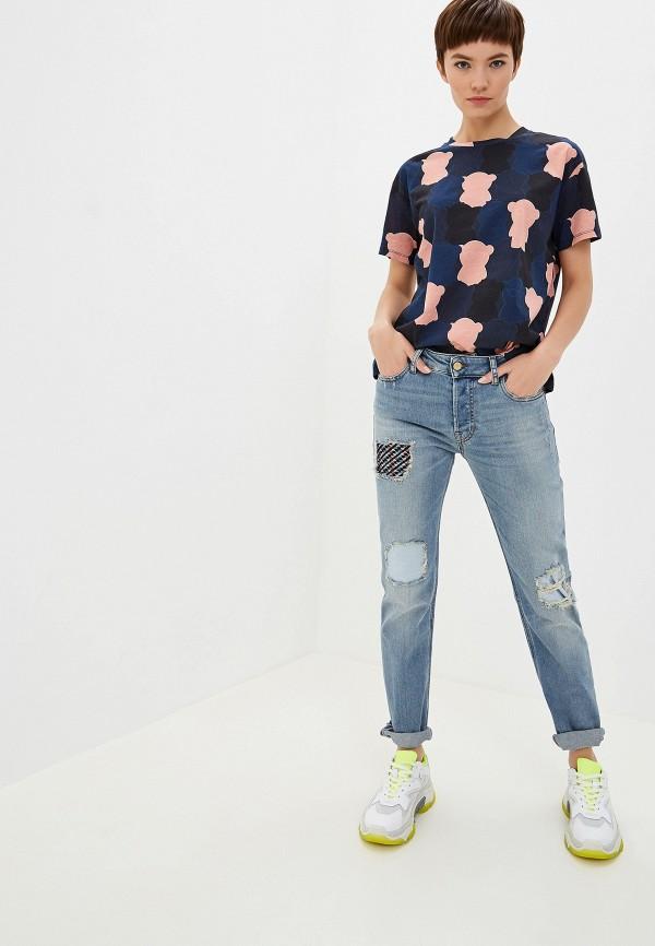 Фото 2 - женские джинсы Emporio Armani голубого цвета