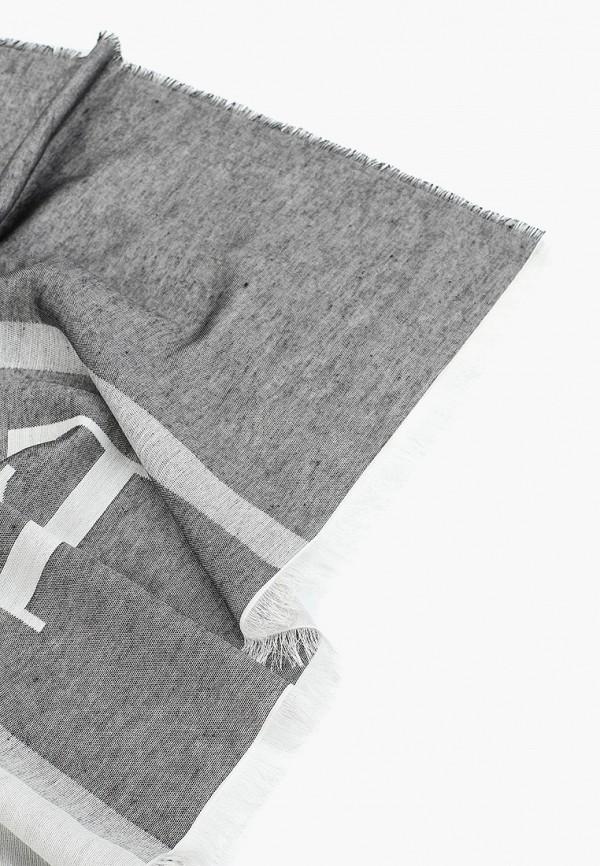 Фото 2 - женский палантин Emporio Armani серого цвета