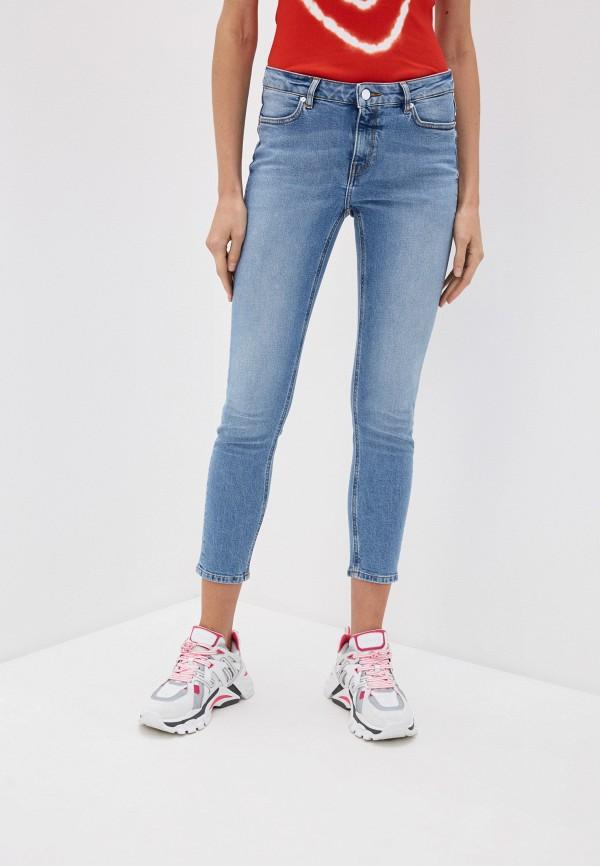 женские джинсы escada, синие