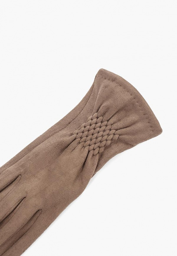Фото 2 - женские кожаные перчатки Fabretti бежевого цвета