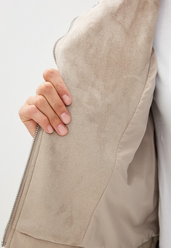 Фото 4 - Куртку кожаная French Connection бежевого цвета