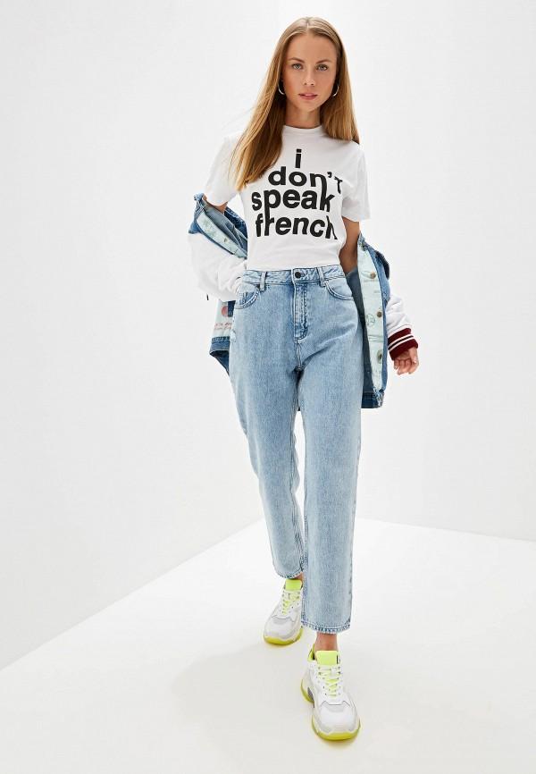 Фото 2 - женские джинсы French Connection голубого цвета