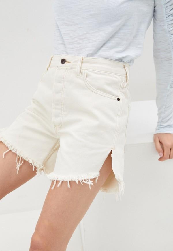 женские джинсовые шорты free people, белые
