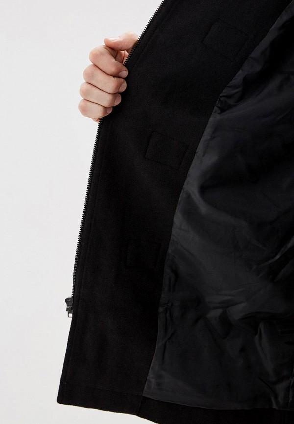 Фото 4 - мужское пальто или плащ Gap черного цвета