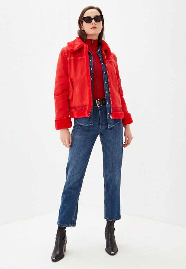Фото 2 - Женскую куртку Grand Style красного цвета