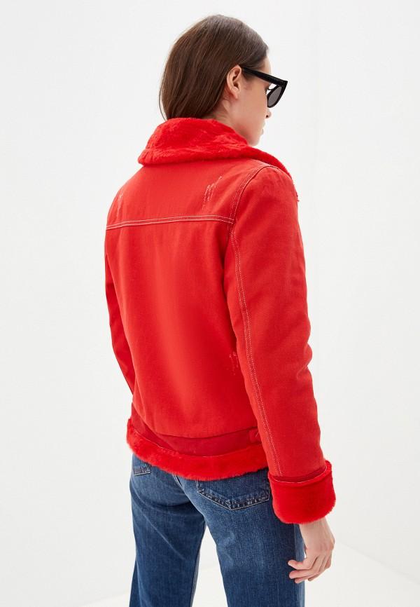 Фото 3 - Женскую куртку Grand Style красного цвета
