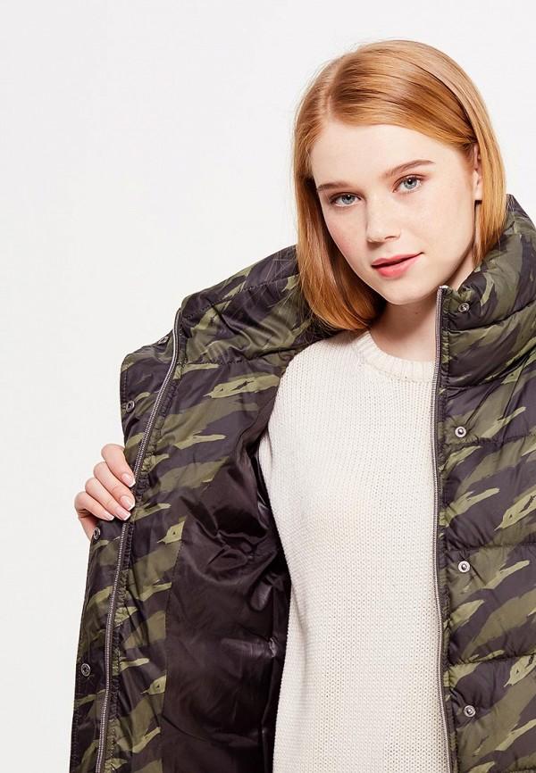 Фото 4 - Куртку утепленная Grishko зеленого цвета