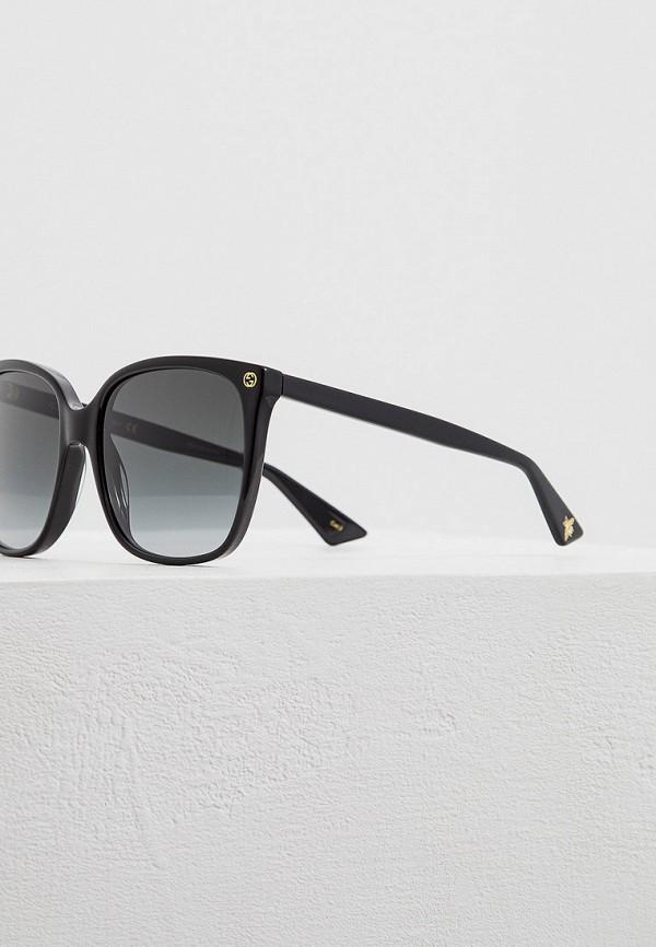 Фото 4 - Очки солнцезащитные Gucci черного цвета