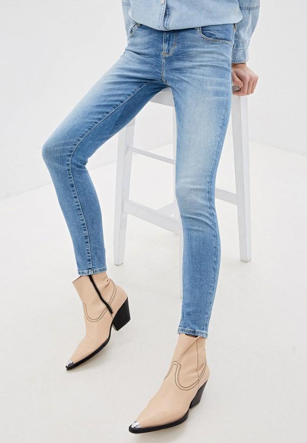 женские джинсы-мом guess, голубые