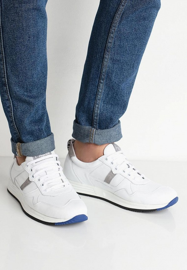 Фото 5 - мужские кроссовки HCS белого цвета