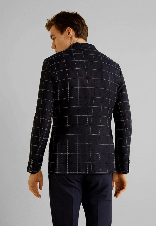 Фото 3 - мужской пиджак Mango Man синего цвета