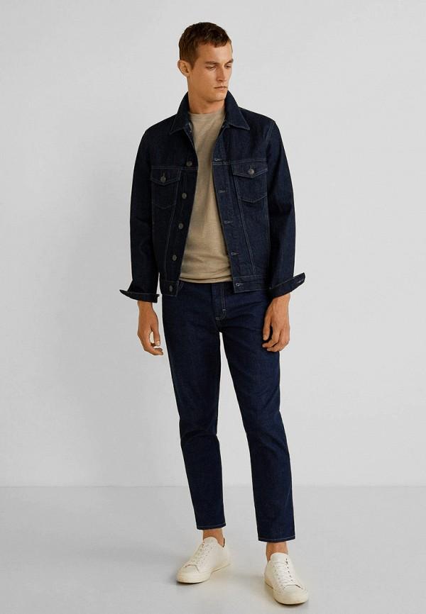 Фото 2 - мужские джинсы Mango Man синего цвета