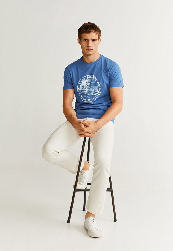 Фото 2 - мужскую футболку Mango Man синего цвета