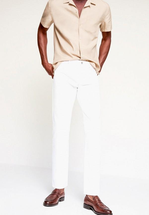 мужские зауженные джинсы mango man, белые
