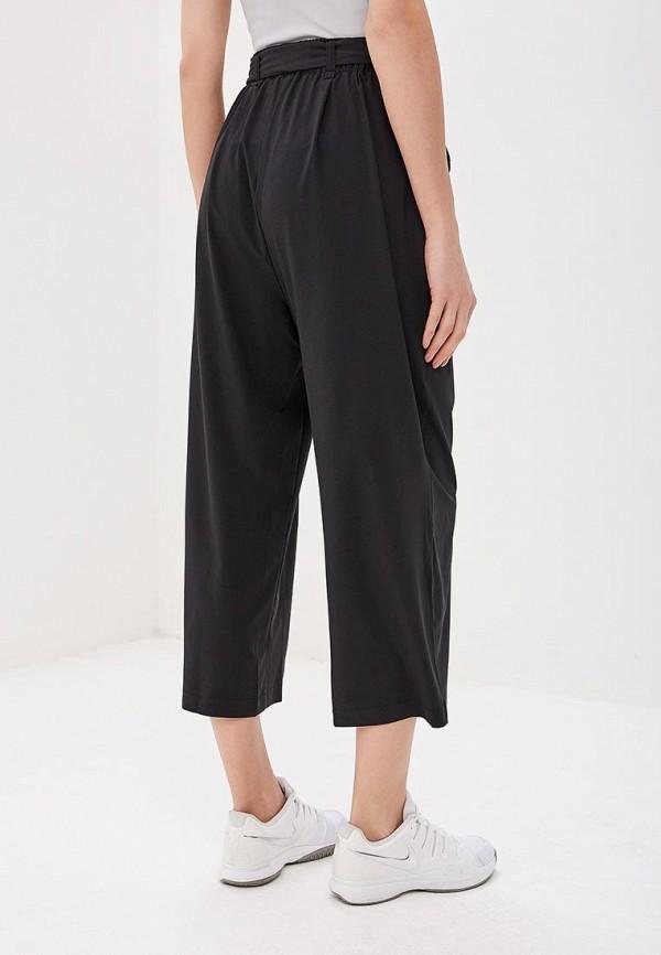 Фото 3 - женские брюки Helly Hansen черного цвета