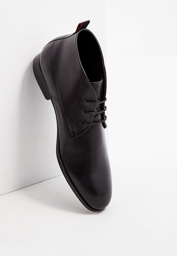 Фото 2 - мужские ботинки и полуботинки Hugo Hugo Boss черного цвета