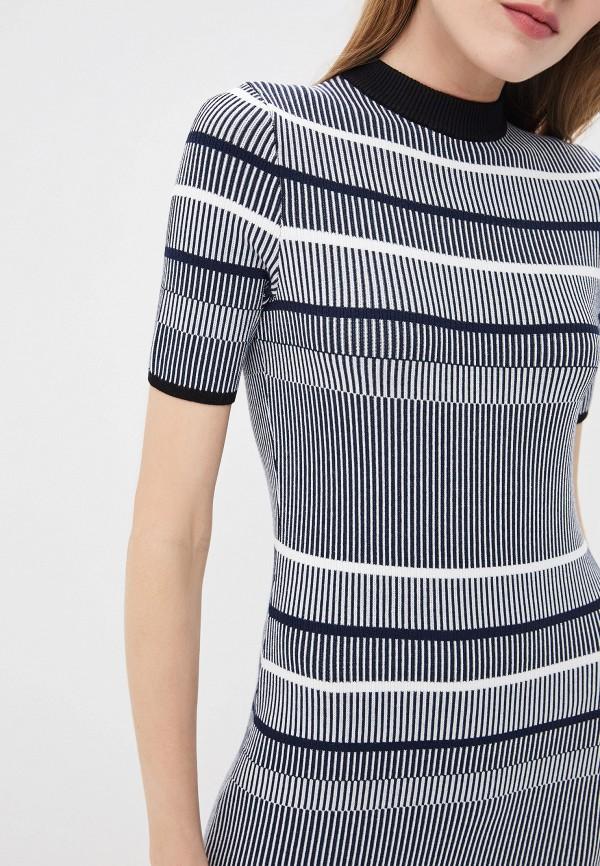 Фото 4 - женское повседневное платье Hugo синего цвета