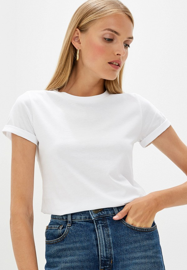 Фото - женскую футболку Hugo Hugo Boss белого цвета