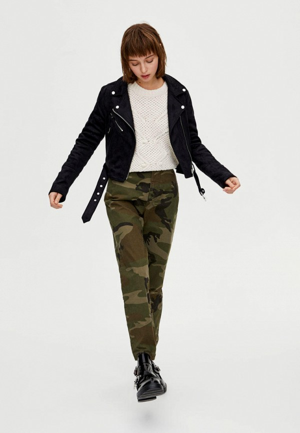 Фото 2 - Куртку кожаная Pull&Bear черного цвета