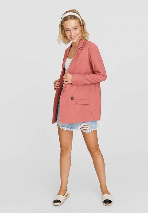 Фото 2 - Женский пиджак Stradivarius розового цвета
