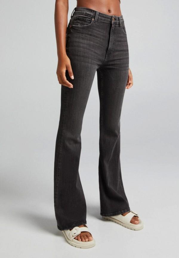 женские джинсы клеш bershka, серые