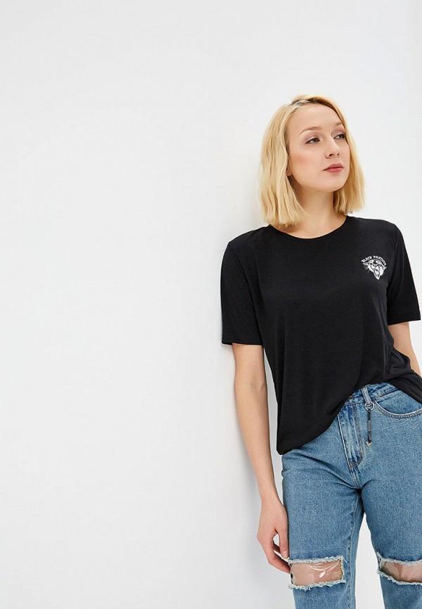 Фото - женскую футболку Jacqueline de Yong черного цвета