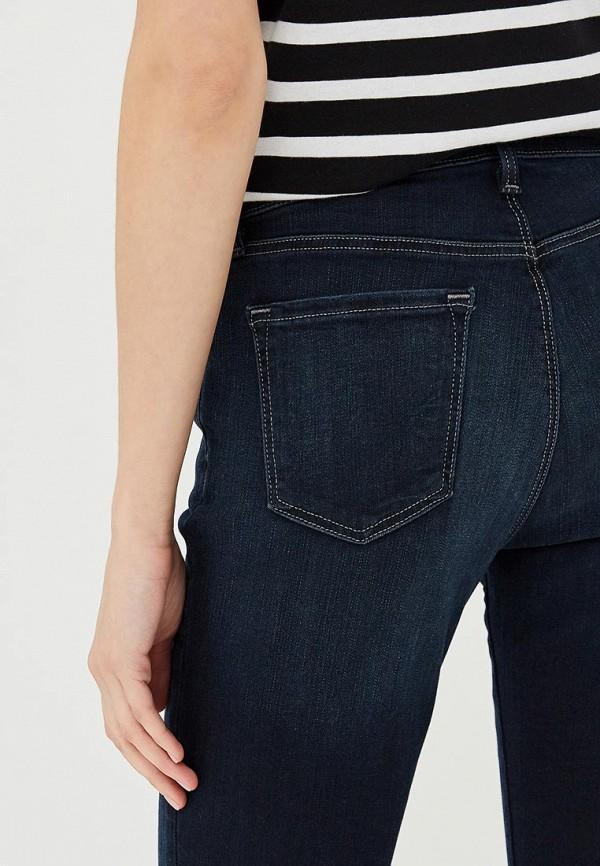 Фото 4 - женские джинсы J Brand синего цвета