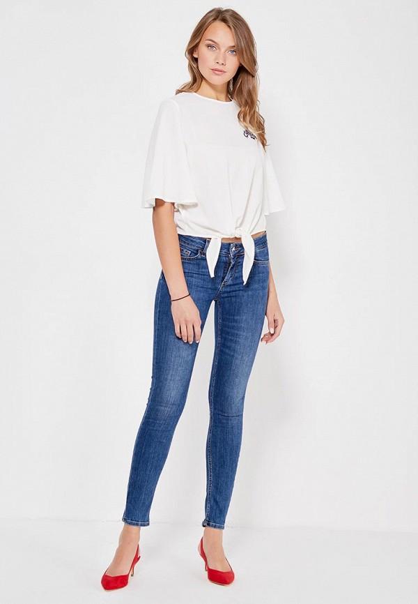 Фото 2 - женскую блузку Jennyfer белого цвета