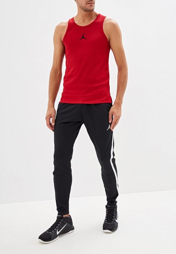 Фото 2 - Майку спортивная Jordan красного цвета