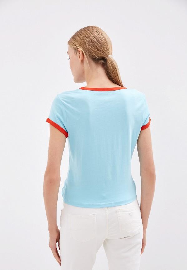 Фото 3 - женскую футболку Juicy Couture голубого цвета