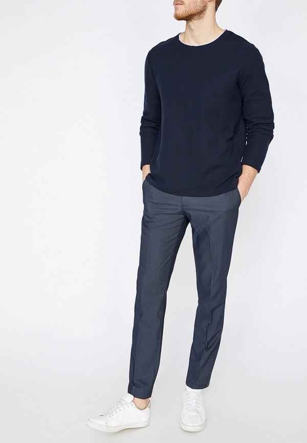 Фото 2 - мужские брюки Koton синего цвета