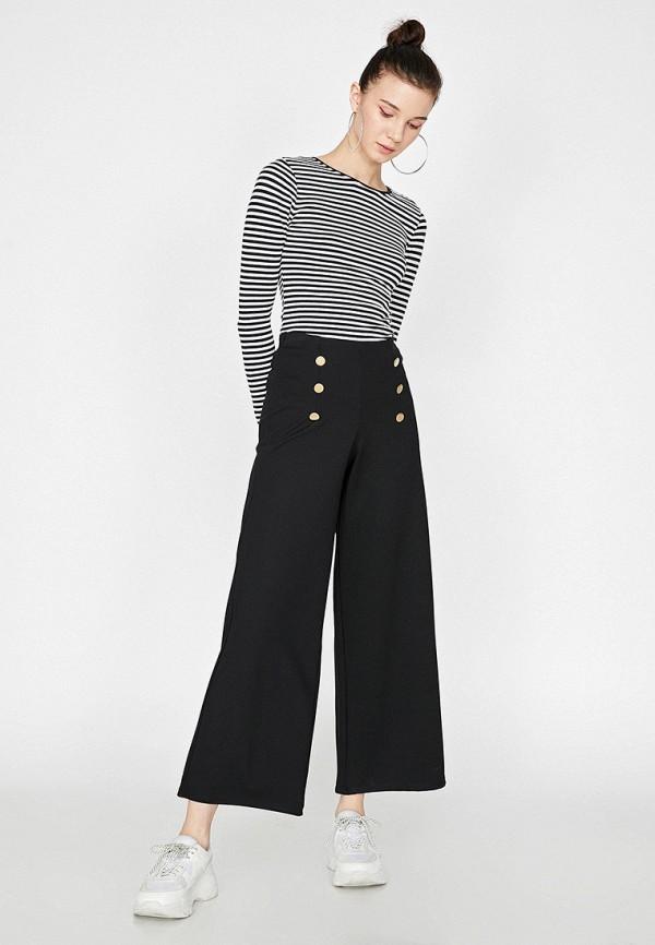 Фото 2 - Женские брюки Koton черного цвета