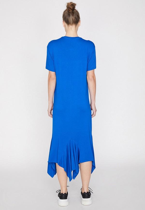Фото 2 - Женское платье Koton синего цвета