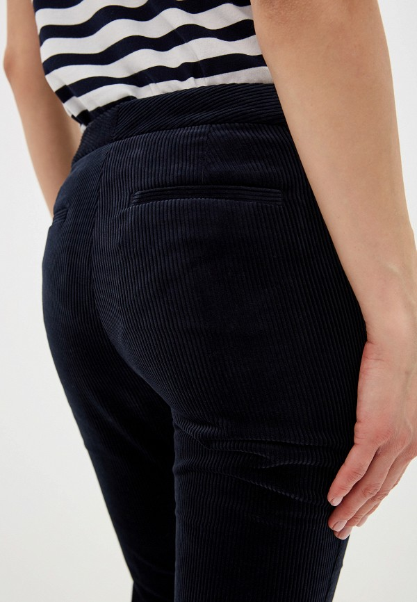 Фото 4 - женские брюки Lauren Ralph Lauren синего цвета