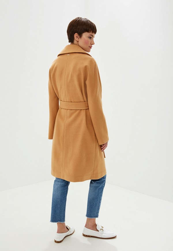 Фото 3 - женское пальто или плащ Liu Jo бежевого цвета