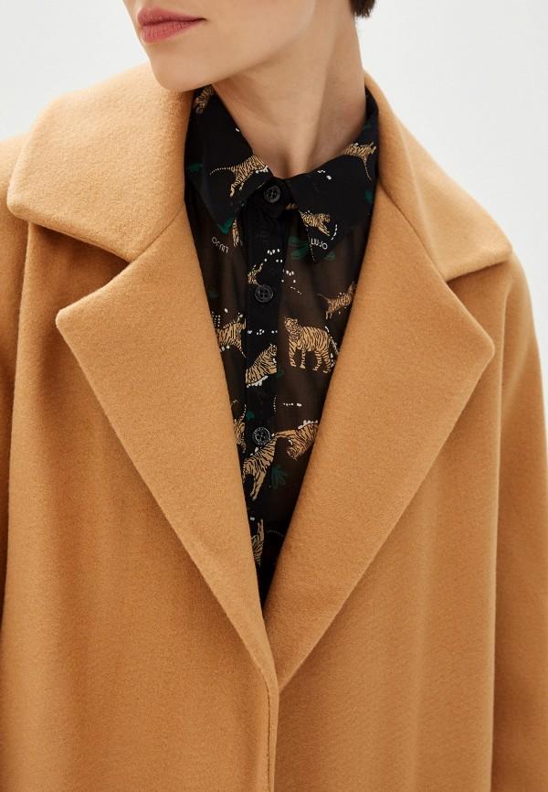 Фото 4 - женское пальто или плащ Liu Jo бежевого цвета