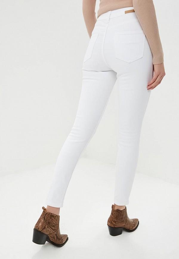 Фото 3 - женские джинсы LOST INK белого цвета