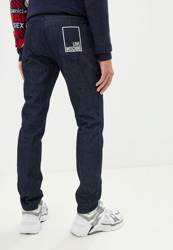 Фото 3 - мужские джинсы Love Moschino синего цвета