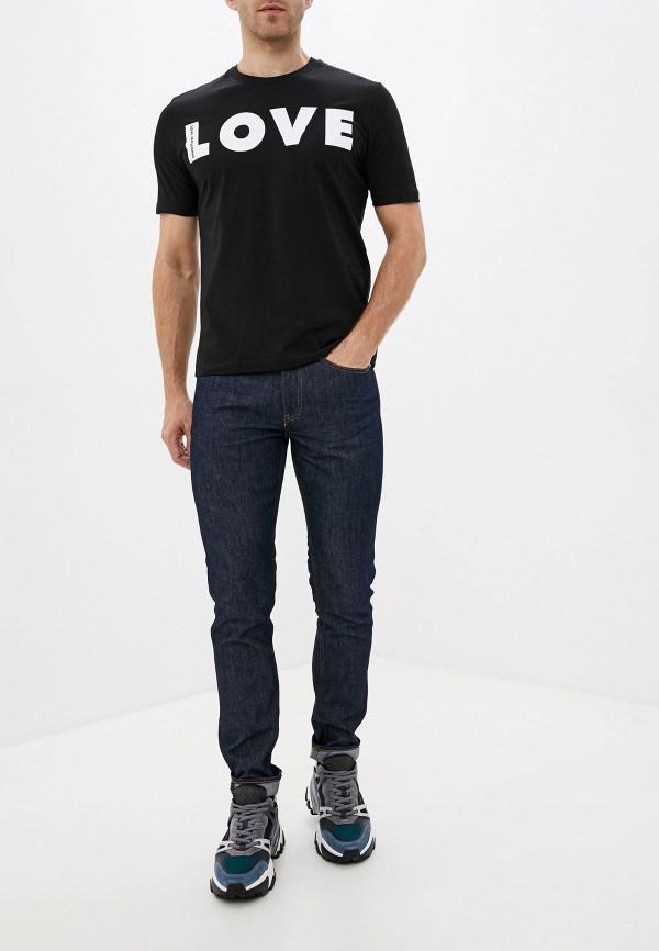 Фото 2 - мужскую футболку Love Moschino черного цвета