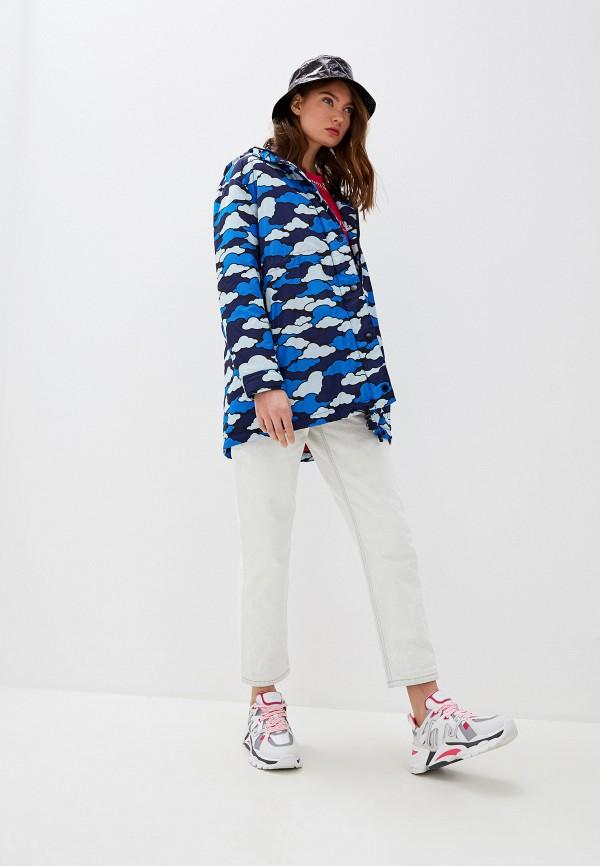 Фото 2 - Куртку утепленная Love Moschino синего цвета