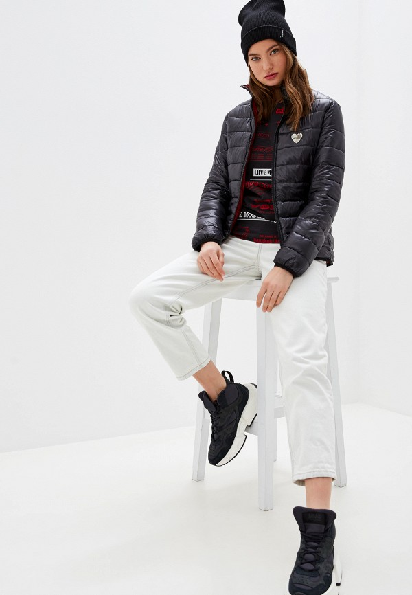 Фото 2 - Куртку утепленная Love Moschino черного цвета