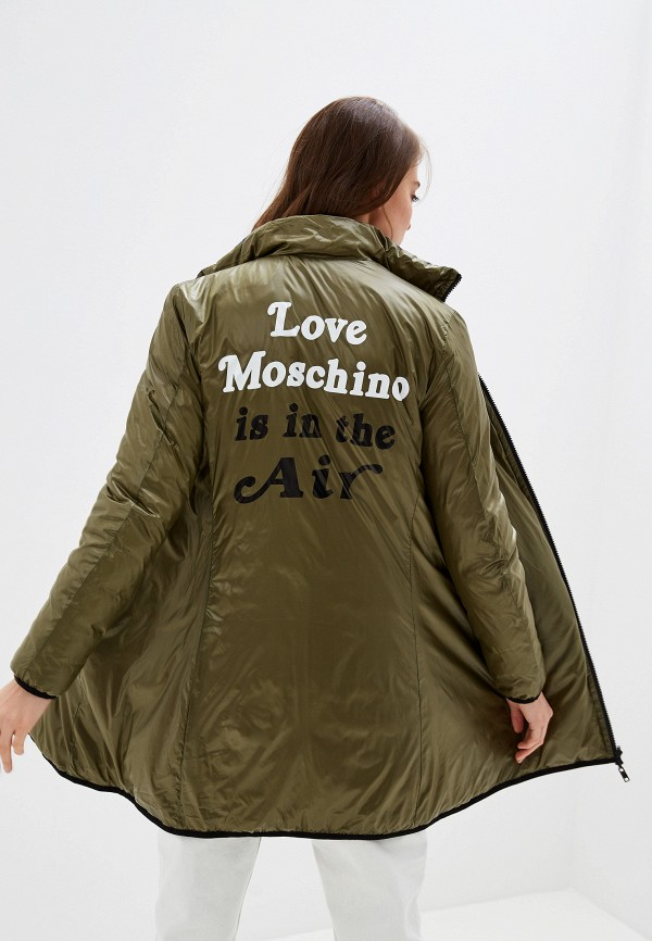 Фото 4 - Куртку утепленная Love Moschino разноцветного цвета