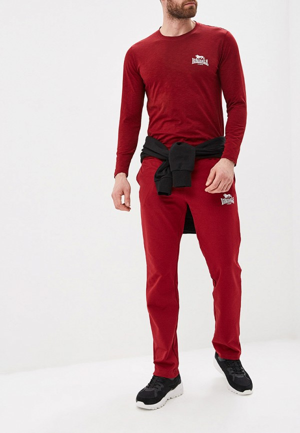 Фото 2 - Брюки спортивные Lonsdale красного цвета